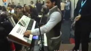 Ceger am Keyboard _dancing