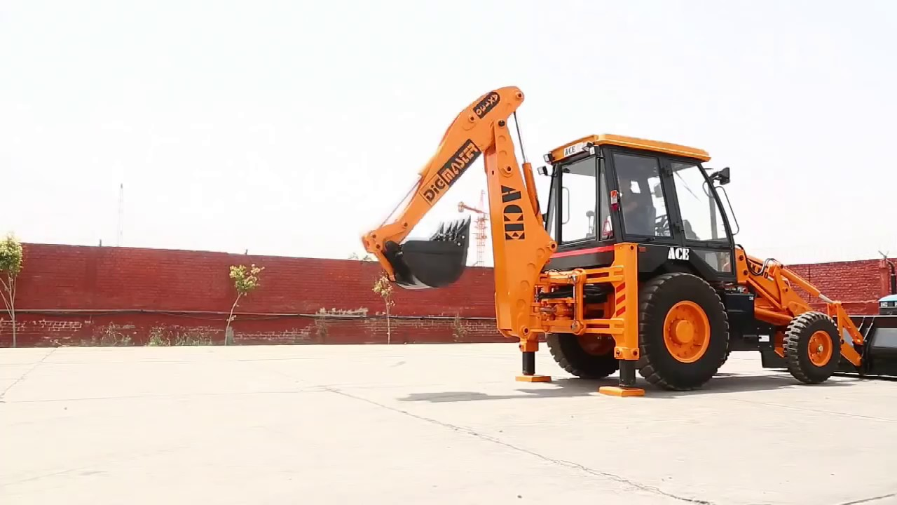 Action Construction Equipment   Loaders: AX 124 - 4 WD