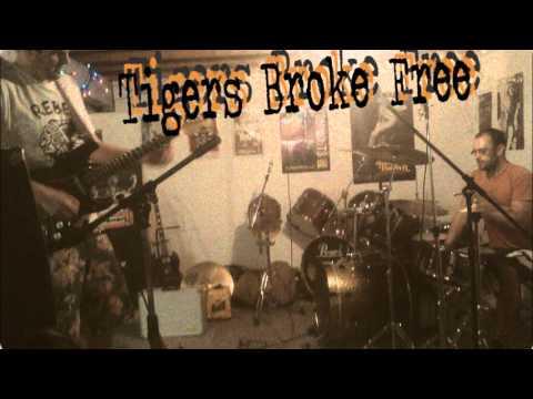 Tigers Broke Free - The Village Demo