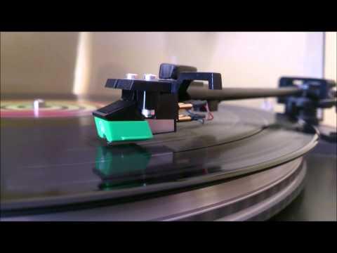 Coldplay - Charlie Brown - Mylo Xyloto...