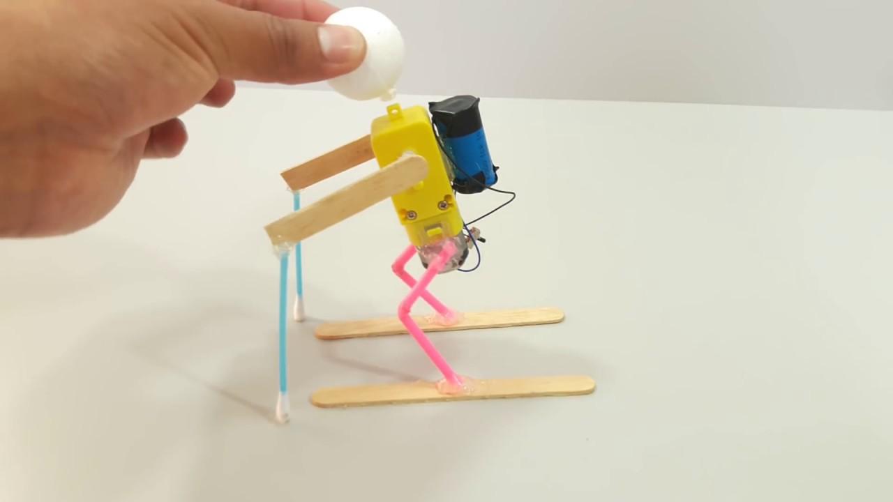 C mo hacer un robot esquiador youtube for Como construir pileta de material