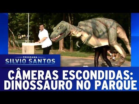 Câmera Escondida (16/10/16) - Dinossauro no Parque
