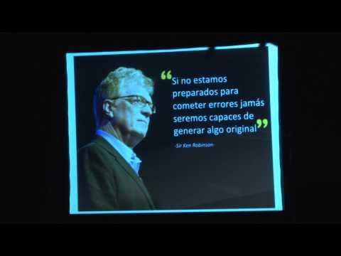 """Sobreviví a la escuela"" | Laura Corvalán | TEDxPuntaDelEste"