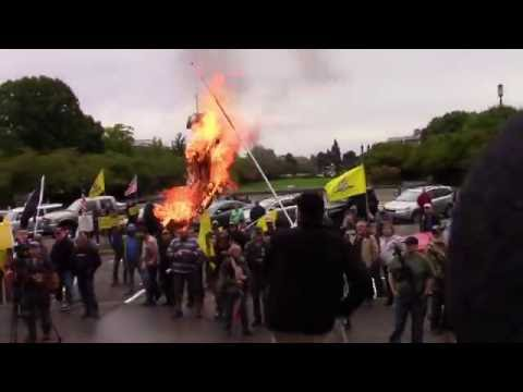 Patriots burn Gov. Kate Brown in effigy