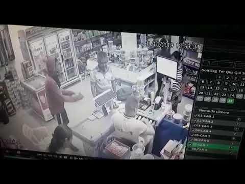 Câmeras de segurança flagram mais um assalto nas Populares, em Ruy Barbosa