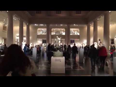Metropolitan Museum Of Art take 2 New York City December 2017