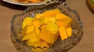 видео Морковный сок: калорийность, польза и вред, кому его очень