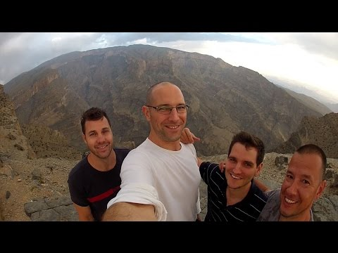 Oman trip: Muscat, Bimmah Sinkhole, Wadi Shab, Nizwa Fort, Jebel Shams
