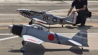 'Dogfight' P-51 & Mitsubishi Zero @ Warbirds Fly-In 2015 尾島