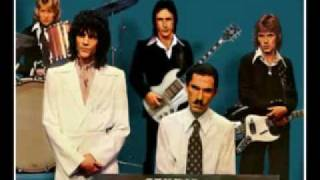 Sparks - Never Turn Your Back On Mother Earth (1974)