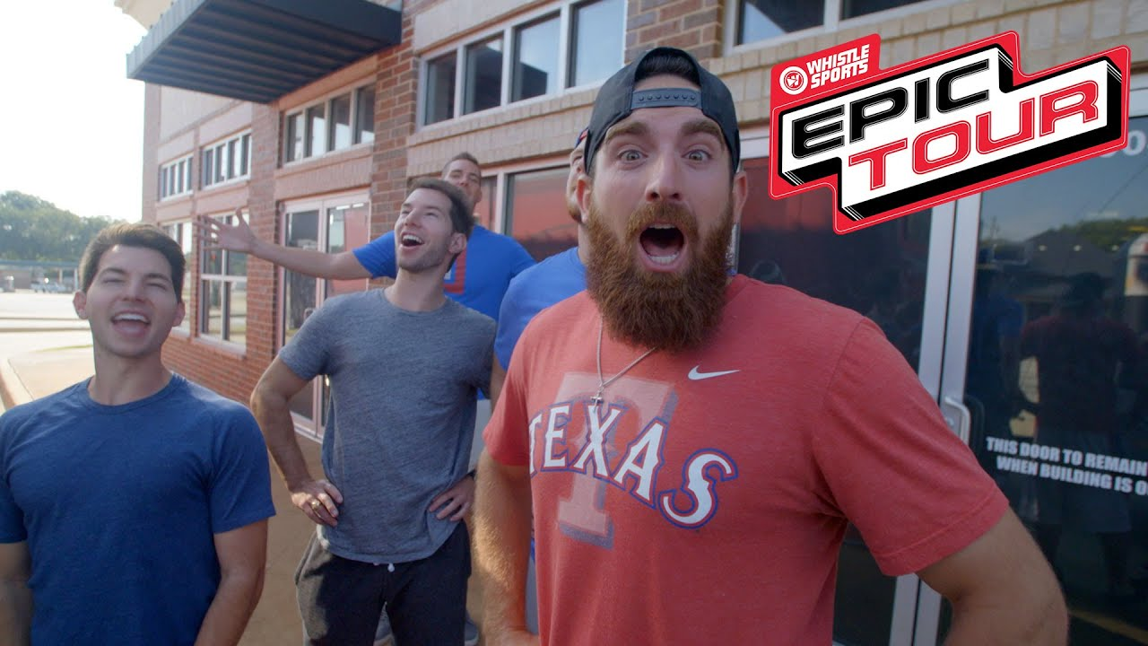 Dude Perfect Kicks Off The Epic Tour At The Red River Showdown!