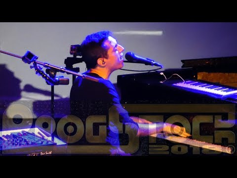 Tom Brislin - They Know My Name (The Sea Within) (solo piano) LIVE @ ProgStock 2018