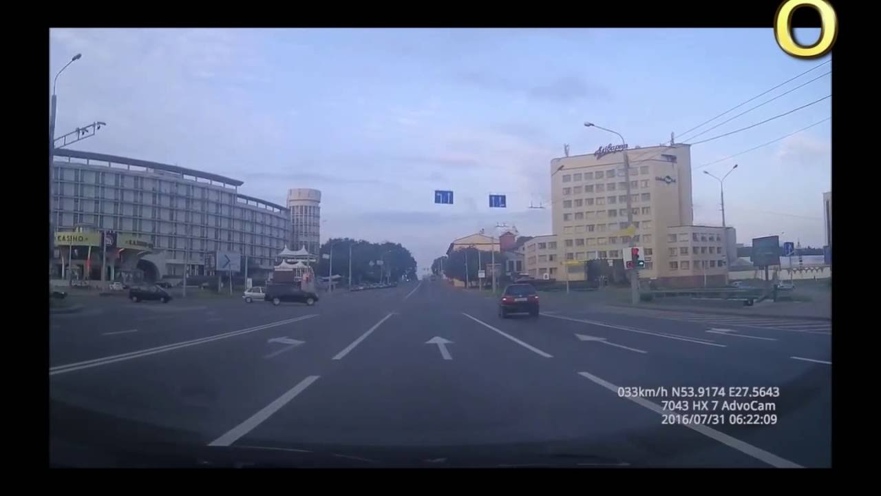ДТП, Москва, 31.07.2016 гонщик решил на красный пролететь...