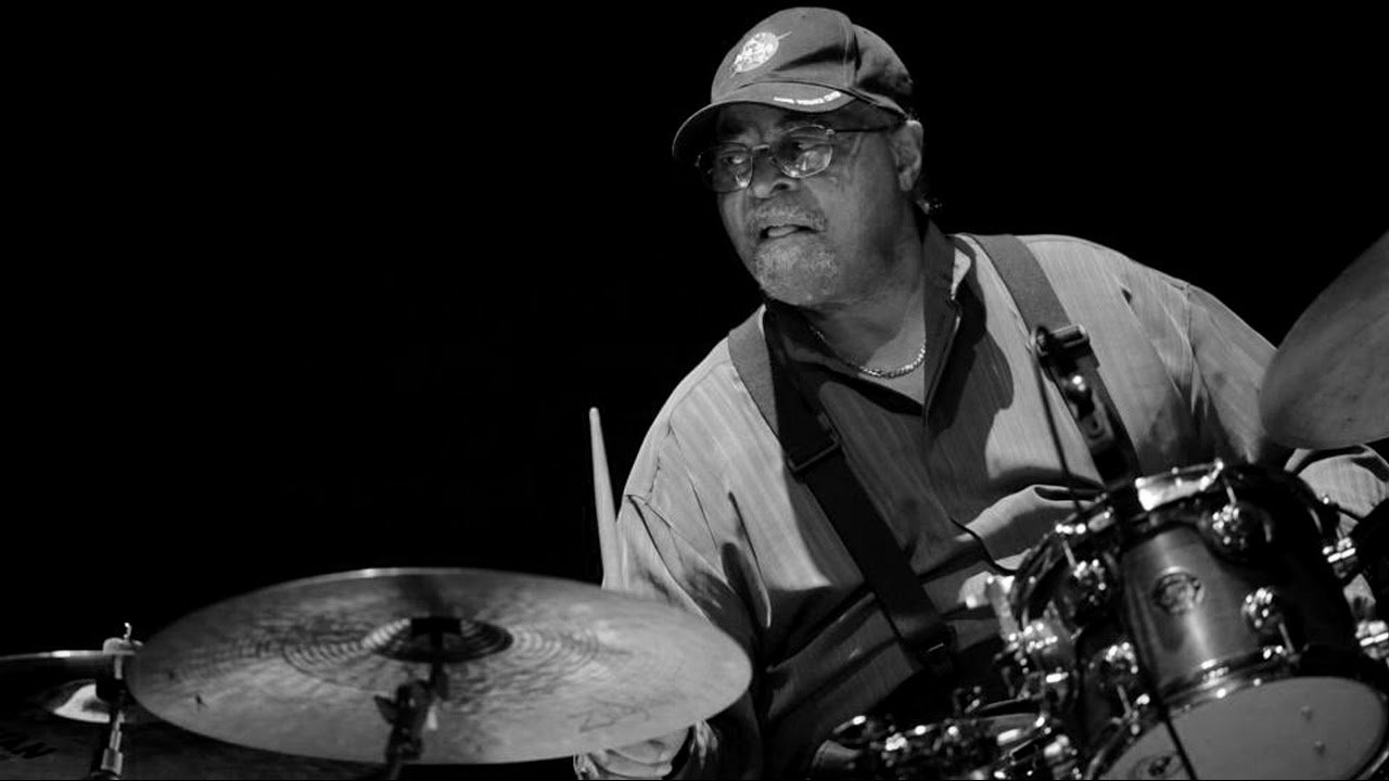Jimmy Cobb Trio - Cobb Is Back In Italy! (2002). - YouTube