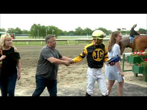 video thumbnail for MONMOUTH PARK 5-26-19 RACE 9 – THE MISS LIBERTY STAKES