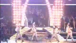 Download Usher- Caught Up (Live) MP3 song and Music Video
