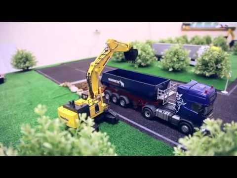 Строительная техника: грузовики, экскаваторы, самосвалы, кран на радиоуправлении.