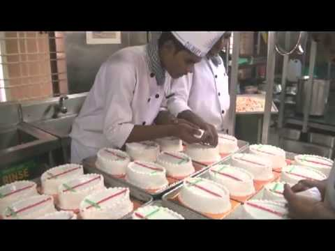 xmas cake making@Culinary Academy Of India-2012