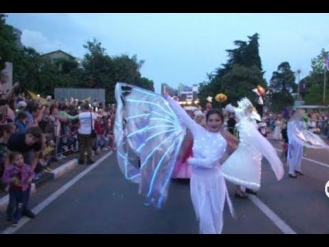 استعراضات رائعة في افتتاح الموسم الصيفي لمدينة سوتشي الروسية  - نشر قبل 38 دقيقة