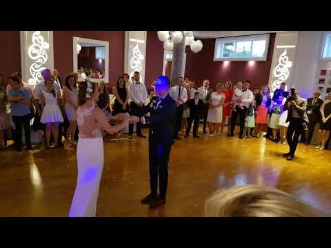 Wedding First Dance   Can you feel the love tonight