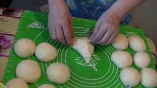 Дрожжевое тесто.Любимые пирожки с луком и яйцом.