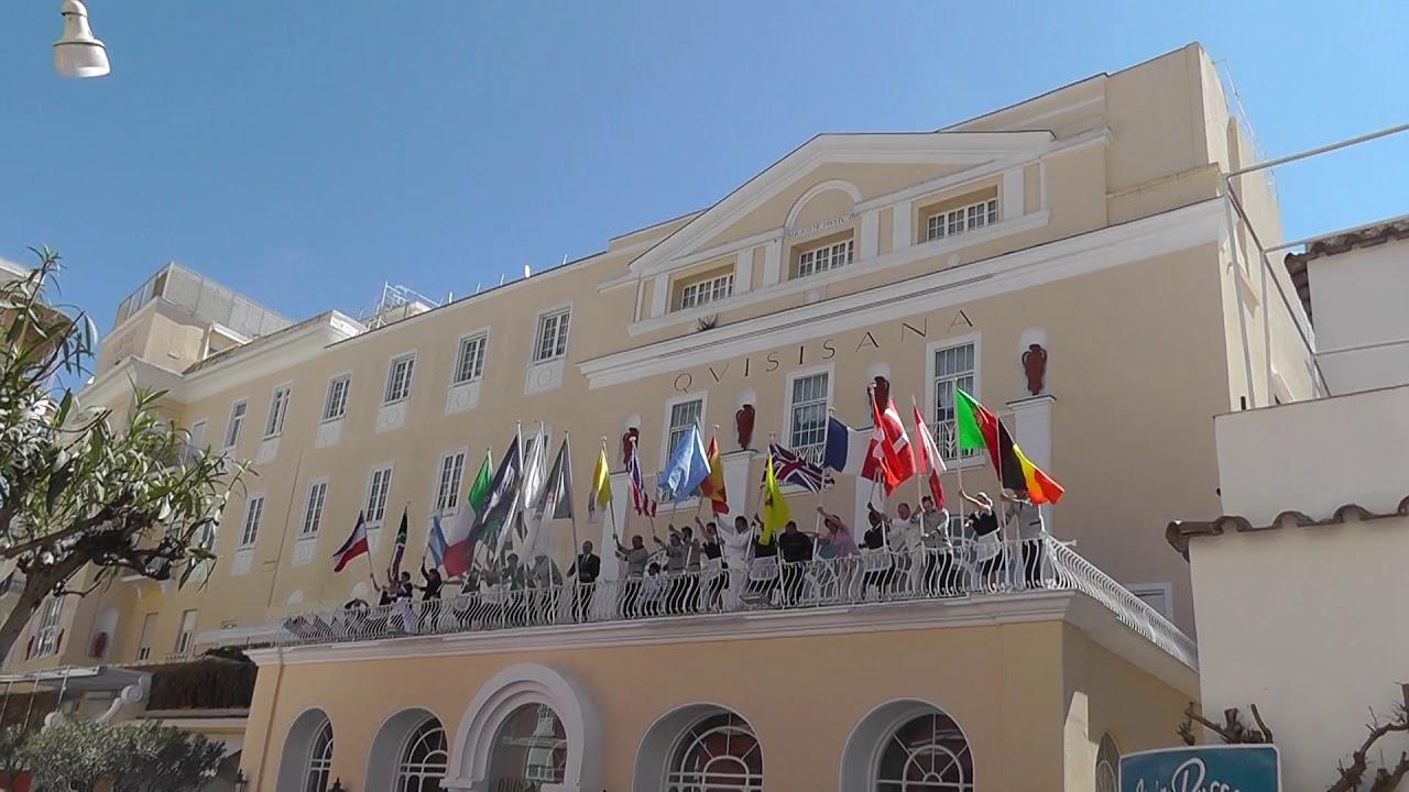 Turismo L Alzabandiera 2019 Al Grand Hotel Quisisana Di Capri
