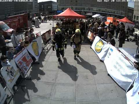 3. Berliner Firefighter Stairrun 2013 Webcam Start 7