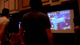 AmazingPhil and Danisnotonfire Play DDR at Playlist Live 2012