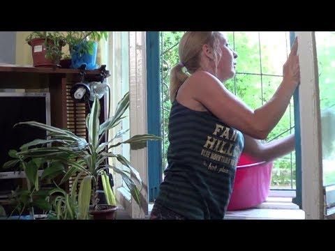 2 СПОСОБА быстро и эффективно помыть зеркала и окна