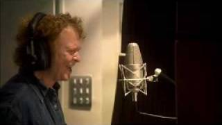 Simply Red - Farther up the road