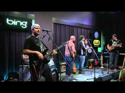 Ozomatli - Ya Viene El Sol (Bing Lounge)
