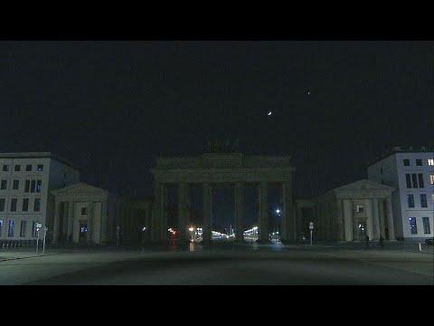 شاهد: المعالم السياحية والأثرية في برلين وموسكو تطفئ أضواءها في ساعة الأرض…  - نشر قبل 9 ساعة
