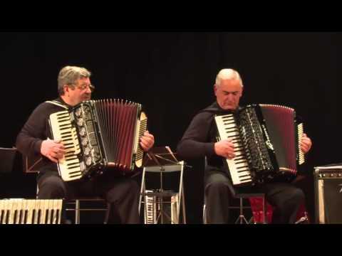 Muiñeira Galega da Armenteira, duo de acordeones  Rias Baixas