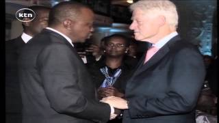 "HUMOUR: ""Moreno Ocampo arrives at Washington DC where Presidents Uhuru and Clinton were chatting"""
