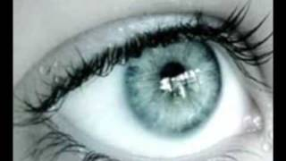Am indragit doi ochi albastrii... (by Yonela)