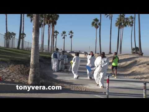L.A. Bureau of Sanitation stealing and destroying homeless people's property  at Venice