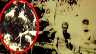 Bigfoot Disturbingly Photobombs Australians