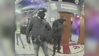 Bange politie beschiet Twente-tuig