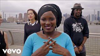 M, Toumani & Sidiki Diabaté, Fatoumata Diawara - Solidarité (ft. Santigold, Hiba Tawaji...