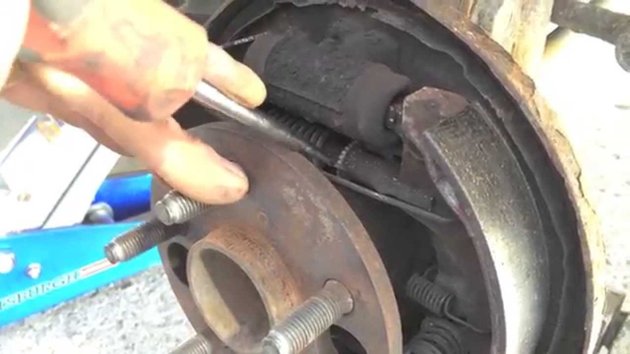 Toyota Corolla Celica Camry Rear Brake Pad Adjustment Didn T Need To Change Brakes You