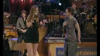 Joss Stone & Stefanie Heinzmann - Unbreakable (live)