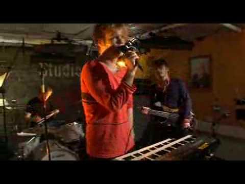 Disco Ensemble - Beacon & Stun Gun live at Studio B (YleX)