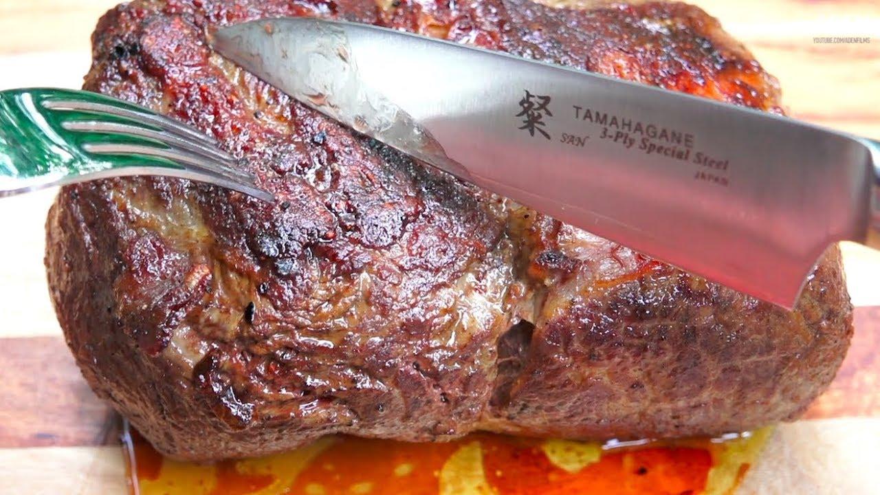 Rare Uruguay Steak vs. Japanese knife vs. Italian steak knife