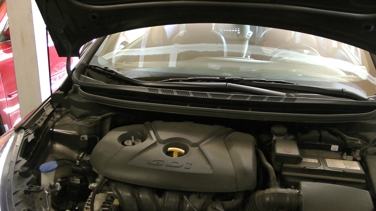 engine sound 2014 Kia Forte5 2 0 GDI inline 4 engine with 38,300 miles  (Rode Videomic Pro)