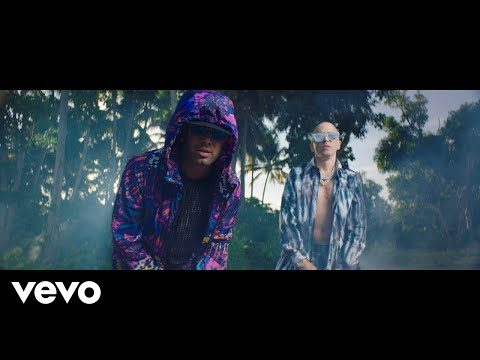 wisin-&-yandel---chica-bombastic-(official-video)
