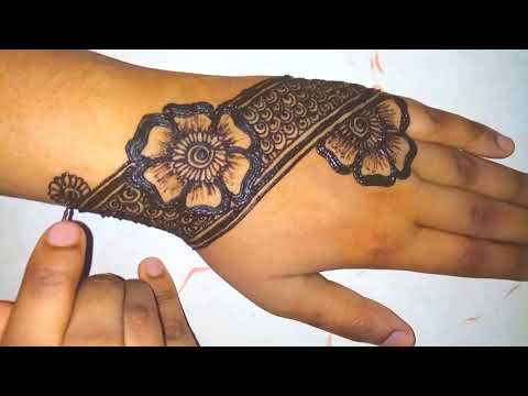 easy, flowers and thick border henna design