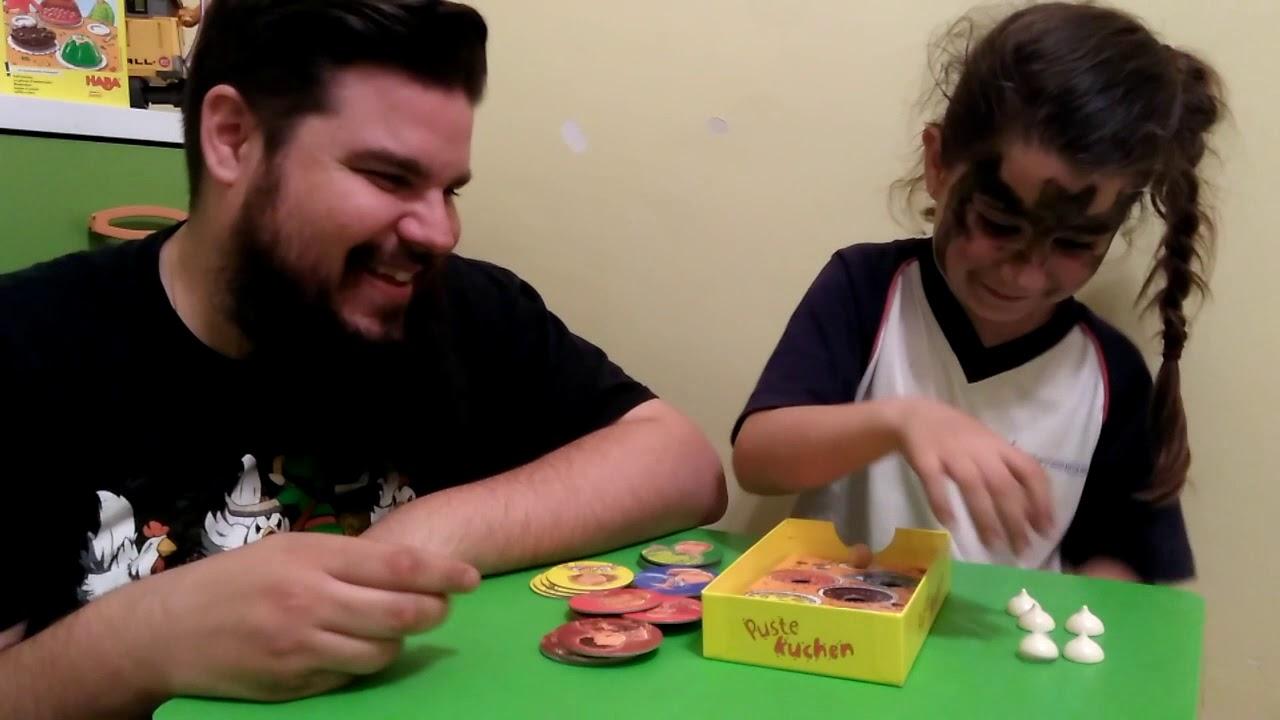 Soplar El Pastel Haba Juegos De Mesa Infantiles Youtube