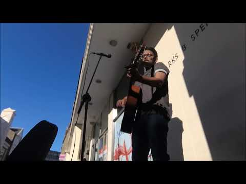 busking  in Dundee - Scotland ( she will be loved/ all of me