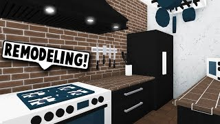RENOVATING THE KITCHEN IN THE COFFEE SHOP! (Roblox Bloxburg) Roblox Roleplay