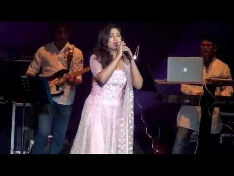 Shreya Ghoshal Sun raha hai na tu - Live in Concert Holland 25.04.2015